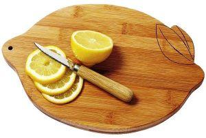 17 cuttting board with lemon